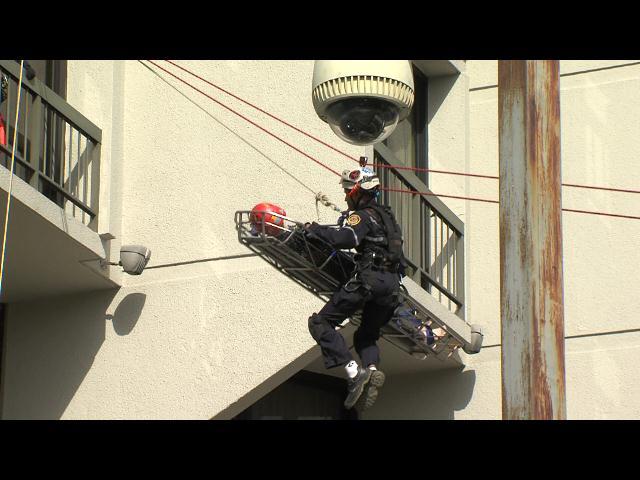 Equipo Hurón hace simulacro de rescates a personas atrapadas