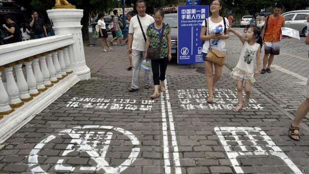 Crean vía exclusiva para peatones