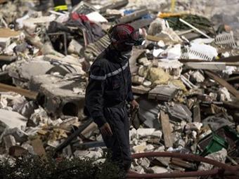 Se eleva a 8 el número de fallecidos en el derrumbe de un edificio en Francia