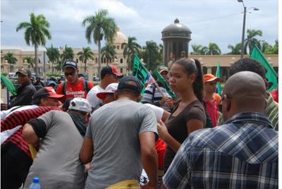 Comerciantes rechazan llamado a desordenes por Loma Miranda
