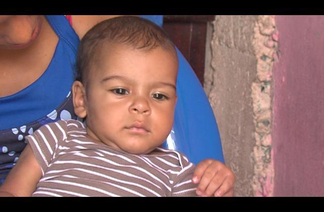 Madre de bebe padece problemas del corazón pide ayuda para salvarle la vida