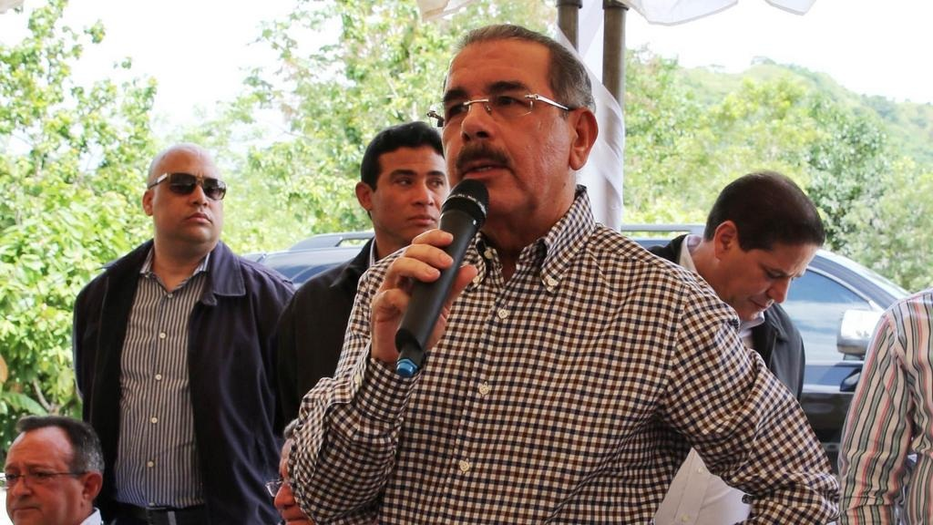 Presidente Medina promete financiación a productores de cacao en Sánchez Ramírez