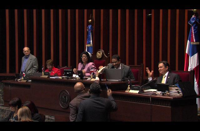 Senado acoge observaciones hechas por el Ejecutivo a Ley Loma Miranda