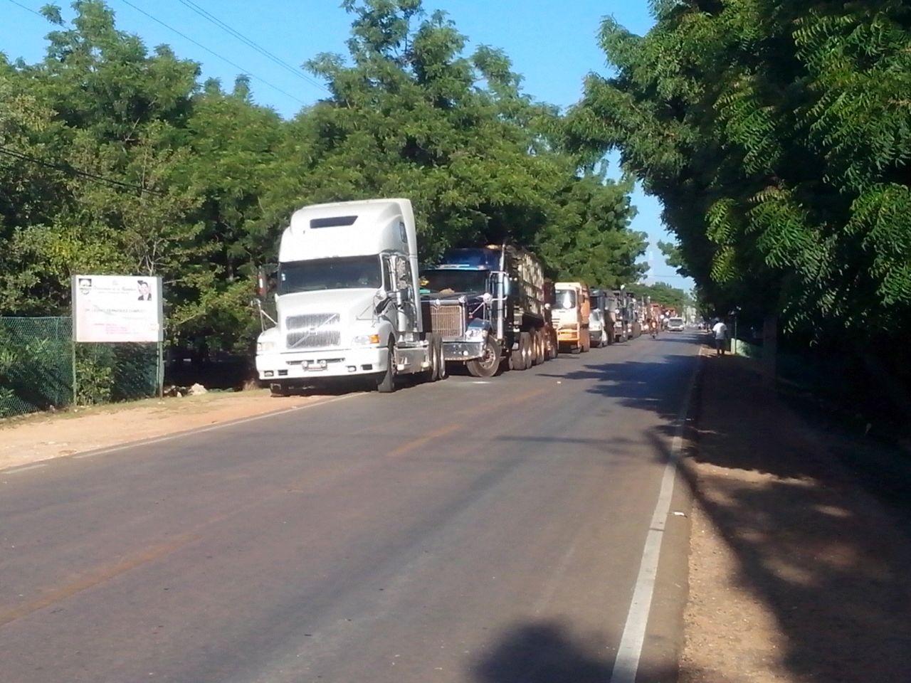 Camioneros RD anuncian no viajarán hacia Haití por hechos violentos en su contra