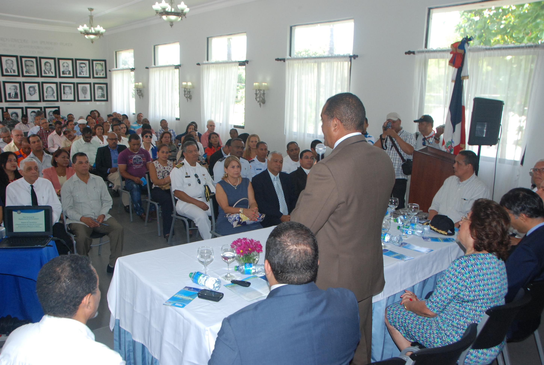 MIP llama a la sociedad civil a integrarse al Plan de Regularización de Extranjeros