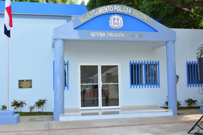 Gobierno entrega moderno destacamento en Neyba, provincia Bahoruco