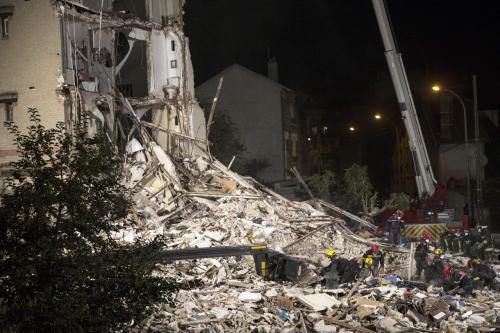 Se eleva a 8 el número de fallecidos en derrumbe de un edificio en Francia