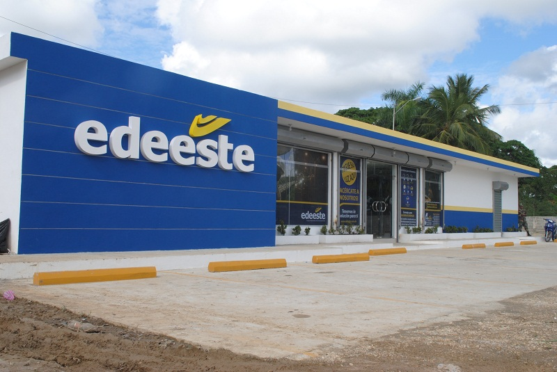 Envían a prisión técnicos de empresa vinculados a Edeeste por extorsión