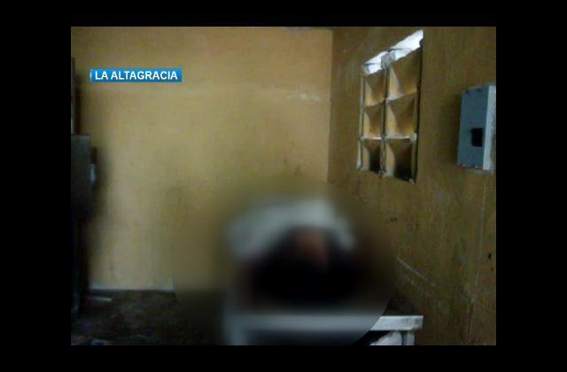 PN tras los pasos de hombre mató de 15 puñaladas a su esposa