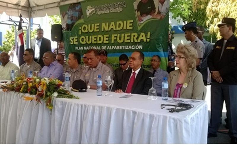 "UNICARIBE avanza en apoyo al Plan ""Quisqueya Aprende Contigo"""