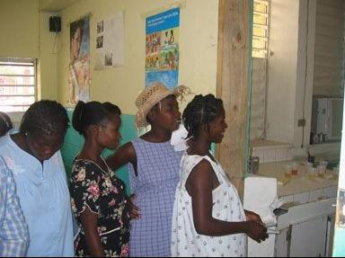 De cada 10 mujeres que dan a luz en el Cabral y Báez 8 son haitianas