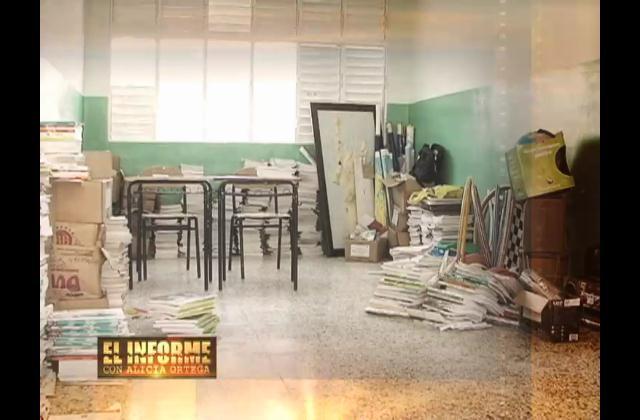 En estado crítico escuela construida hace un año; Comentario en Facebook mantiene en tribunales a ingeniera y a Utesa