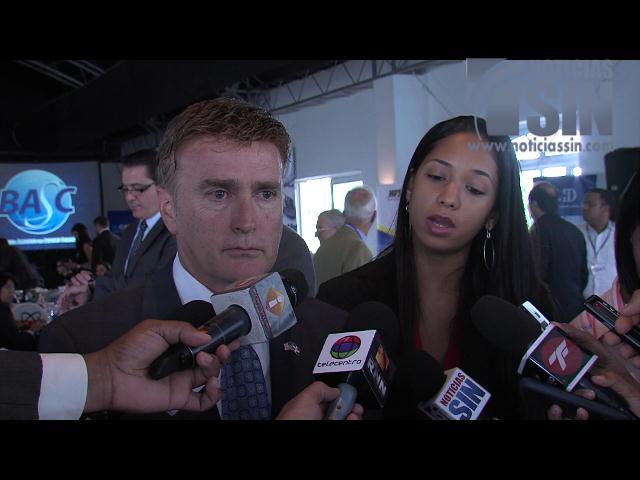 Embajador de EE.UU. en RD confirma su país investiga caso Súper Tucanos