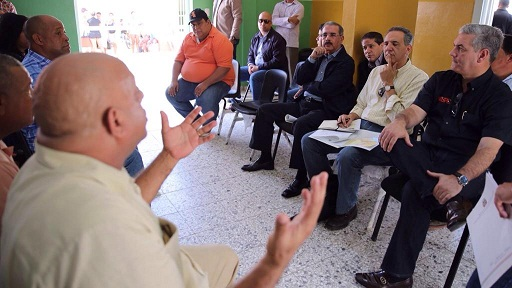 Danilo Medina visita a productores de guineo en Azua