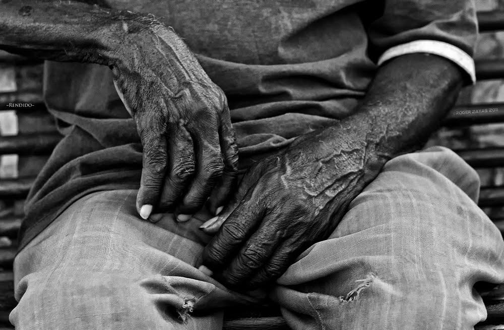 Anciano esperó 8 días sentado en una sala de emergencias para ser hospitalizado