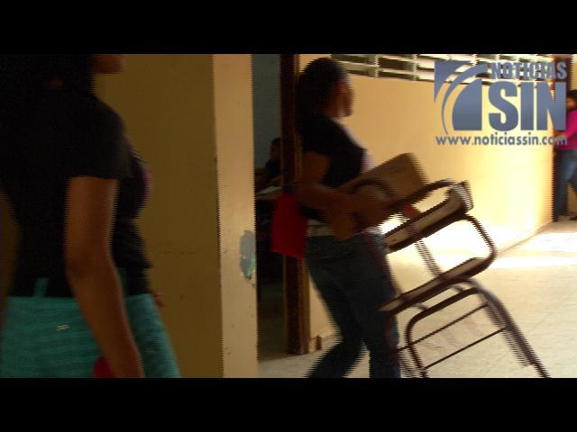 Estudiantes de la UASD se quejan por precariedades en el centro