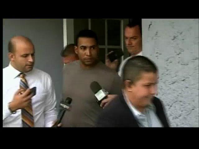Imágenes de Don Omar arrestado por agredir a su pareja