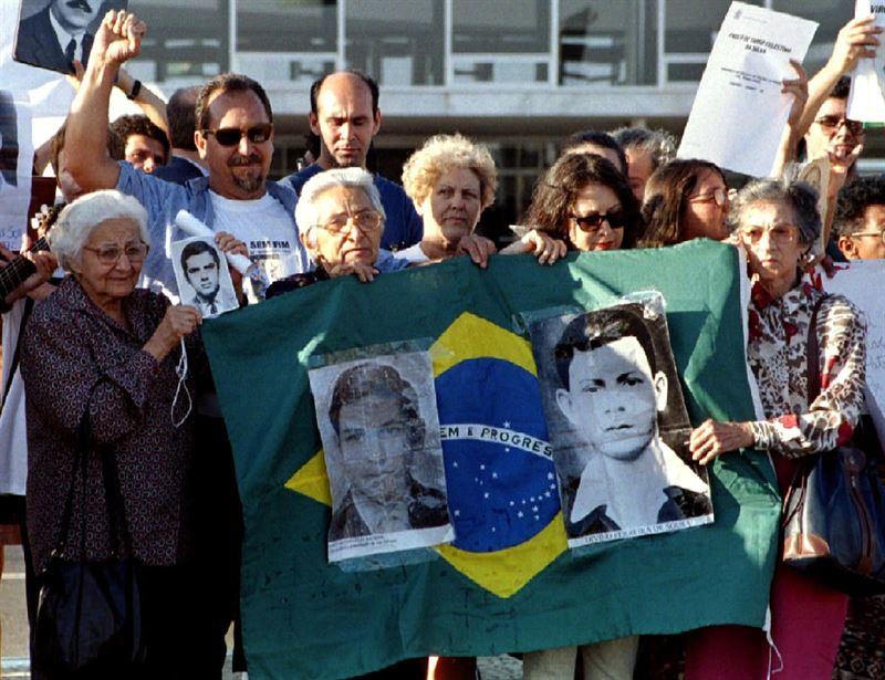 Las FFAA brasileñas no niegan violación de derechos humanos durante dictadura