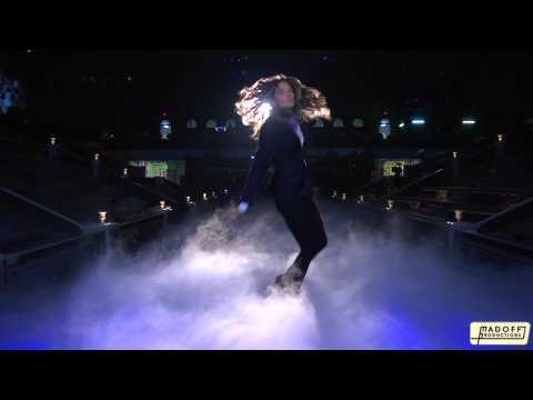 Los Ángeles de Victoria's  Secret se visten y bailan como Mick Jagger en un divertido videoclip