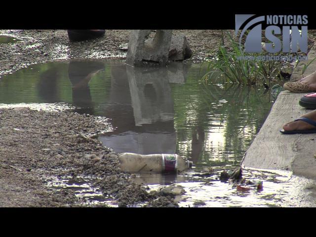 Residentes en Los Cerros de Los Alcarrizos piden tratamiento de aguas residuales
