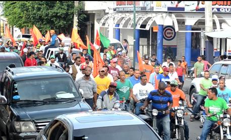 Ligas populares de SFM recorren calles en favor Loma Miranda