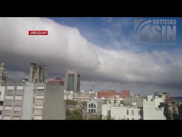 Extraña nube deja a muchos atónitos en Uruguay