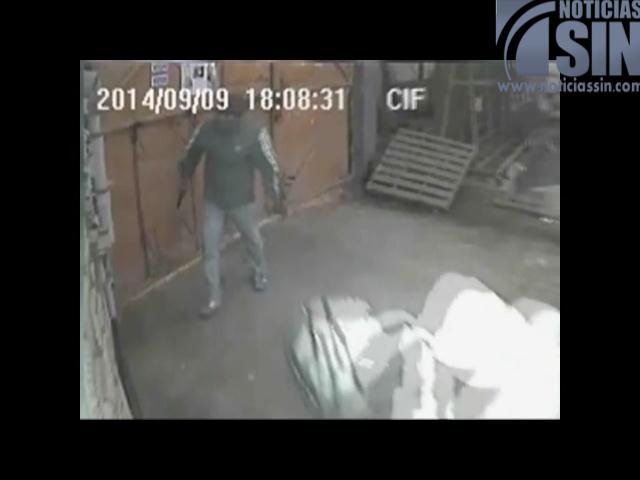 Vea las imágenes de un violento asalto a una ferretería