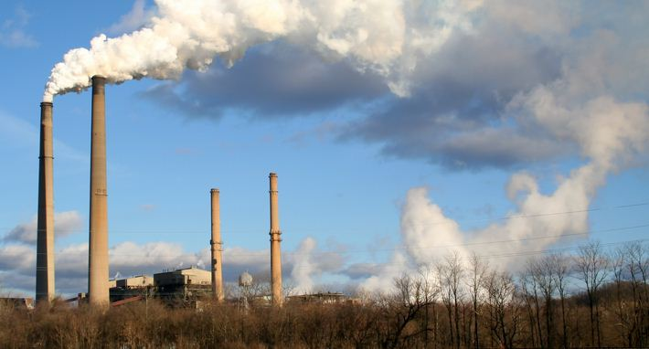 Realizan concentración contra plantas de carbón mineral