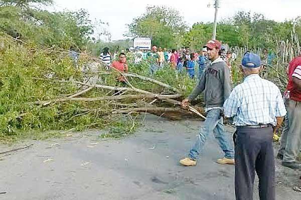 Demandan arreglo de caminos vecinales en Distrito de Jagua