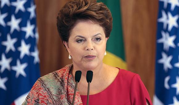 Rousseff acusa a la oposición de tener una actitud