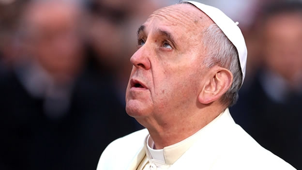 Papa dice sobre cambio climático que el tiempo se agota para una solución