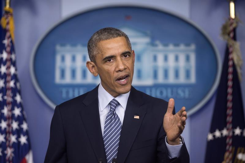 Obama llama a la calma y dice que Ferguson evidencia retos para todo el país