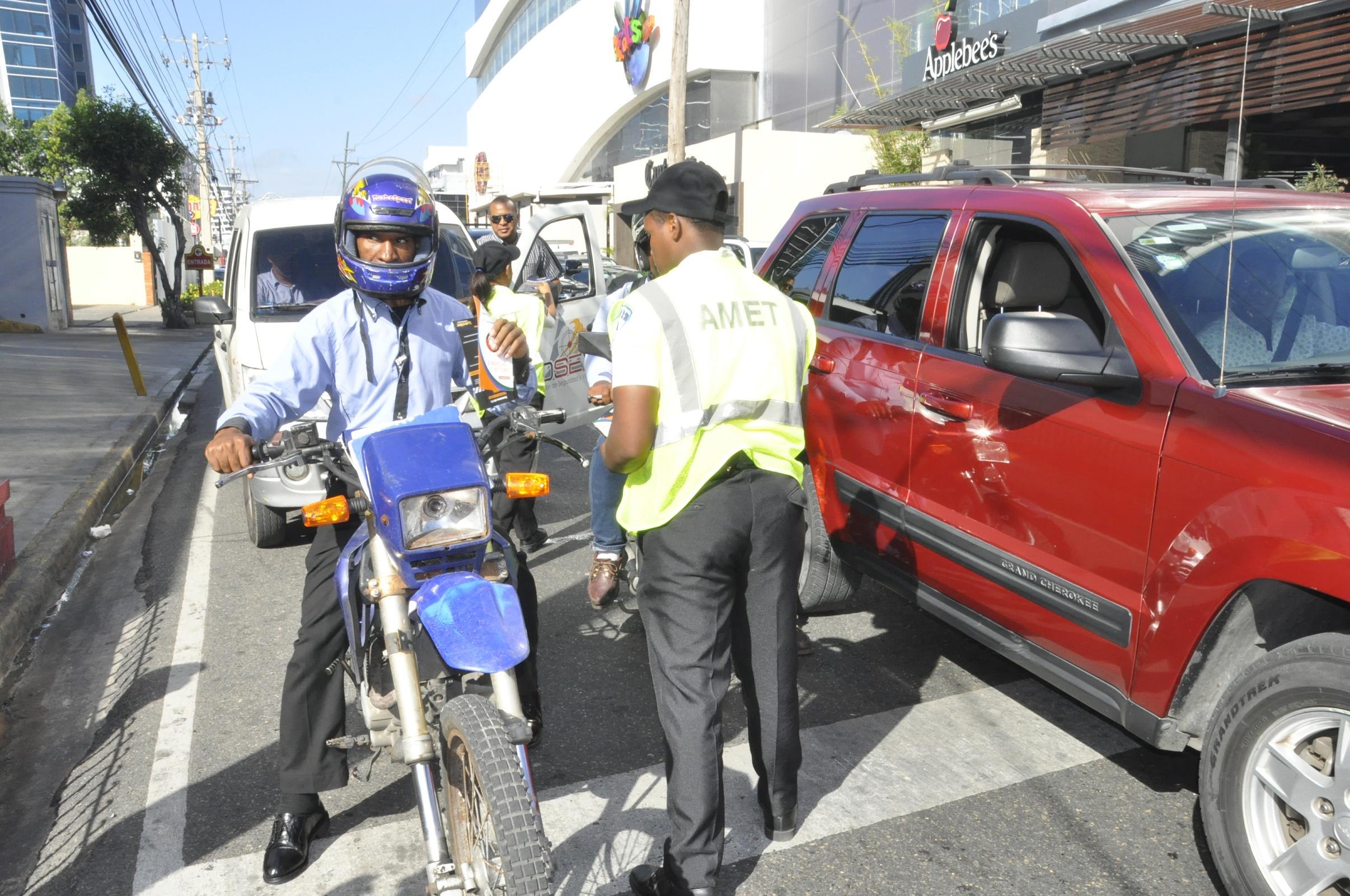 Ciudadanos resaltan campaña prevención de accidentes que desarrolla AMET