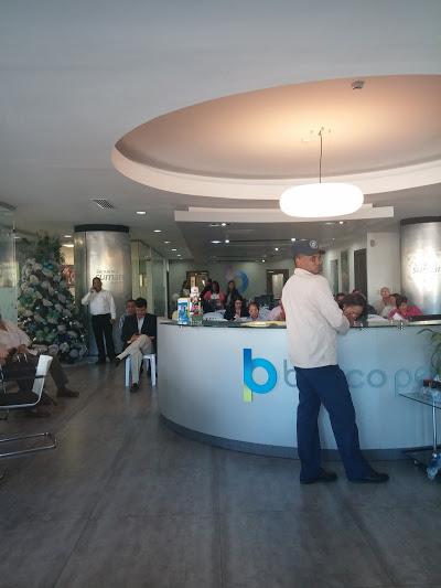 Ahorrantes en Banco Peravia salen sin dinero, pero confían en autoridades RD