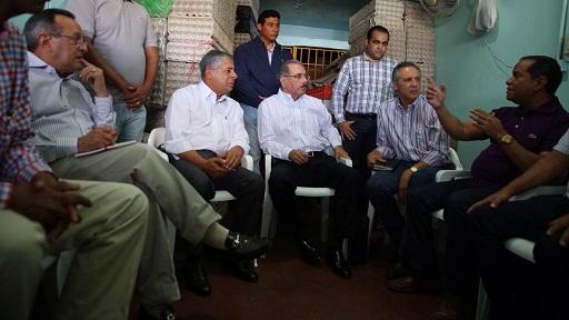 Danilo Medina visita Mercado de la Duarte