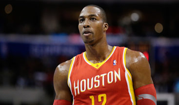 Howard podría ser traspasado de los Rockets a los Hornets