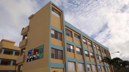 Medina inaugura dos escuelas en La Altagracia y La Romana