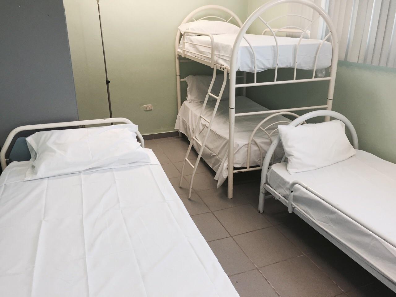 Textileros donan utensilios médicos y equipos tecnológicos al hospital Vinicio Calventi