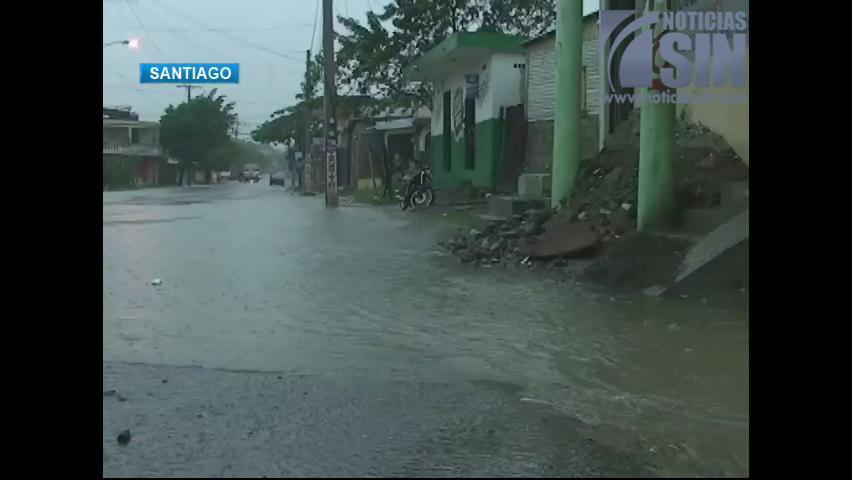 Meteorología mantiene 15 provincias bajo alerta; vaguada seguirá provocando lluvias