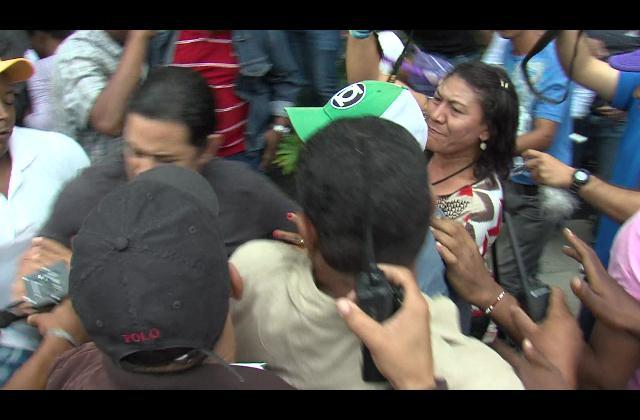 Disturbios marcan actividad del expresidente Leonel Fernández