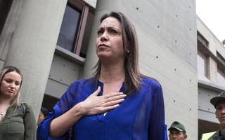 Fiscalía venezolana imputa a la opositora Machado en plan para matar a Maduro