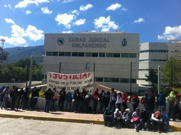 Enfrentamientos dejan al menos 16 heridos en estado mexicano de Guerrero