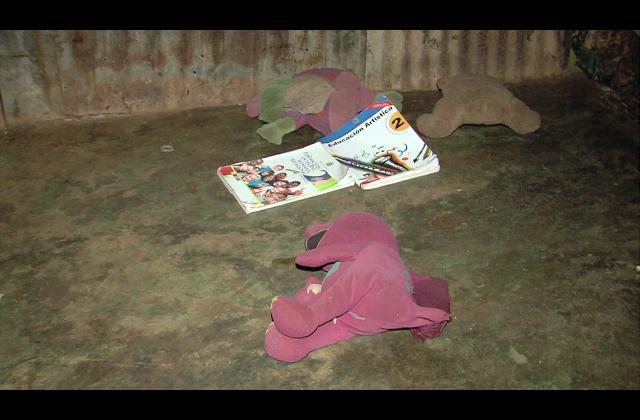 En cuidados intensivos niña hallada con una soga en el cuello y atada de los pies