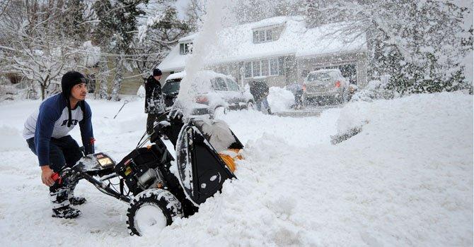 Tormenta polar deja ya ocho muertos y Nueva York toma medidas sin precedentes
