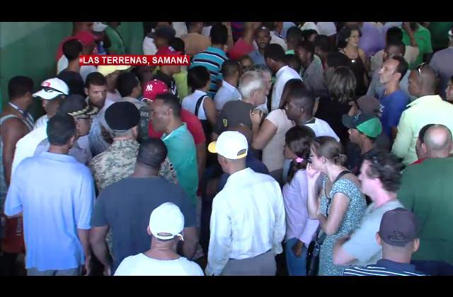 Residentes de Las Terrenas rompen diálogo con Superintendencia de Electricidad