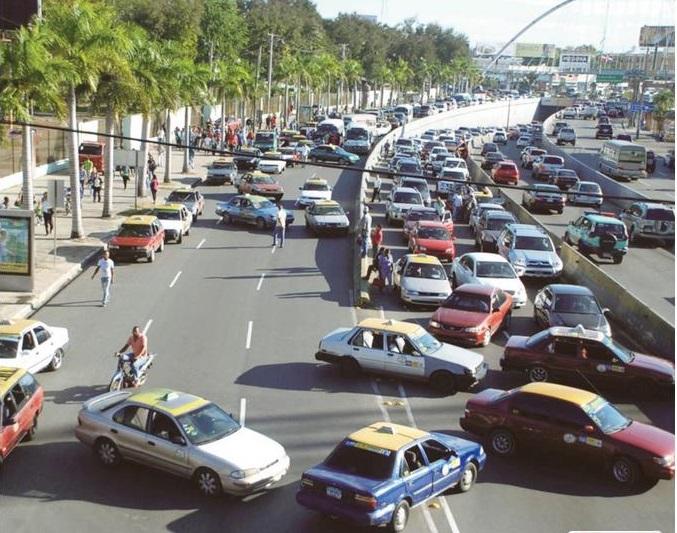 Fenatrano: No hay condiciones para bajar precios del pasaje