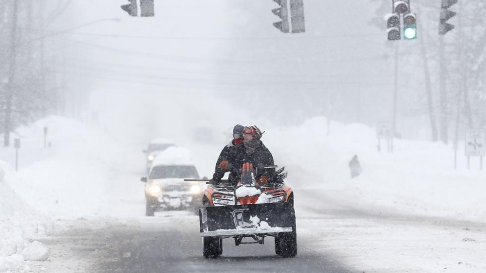 Tormenta polar deja ocho muertos y Nueva York toma medidas sin precedentes