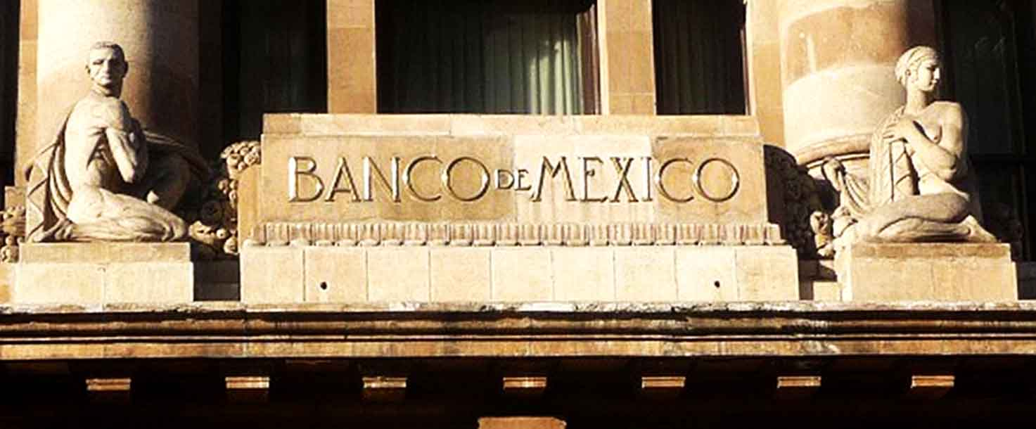 Banco de México advierte que acontecimientos sociales afectarán a inversión