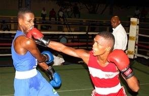 Dominicano De los Santos elimina al medallista mundial David Jiménez