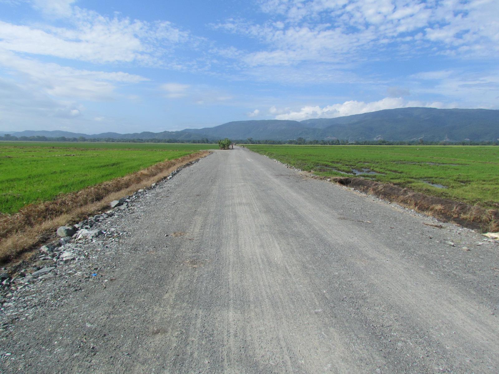 Dan primer picazo para construcción camino vecinal en María Trinidad Sánchez